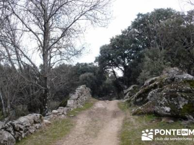 La sierra Oeste de Madrid. Puerto de la Cruz Verde, Robledo de Chavela, ermita de Navahonda. rutas g